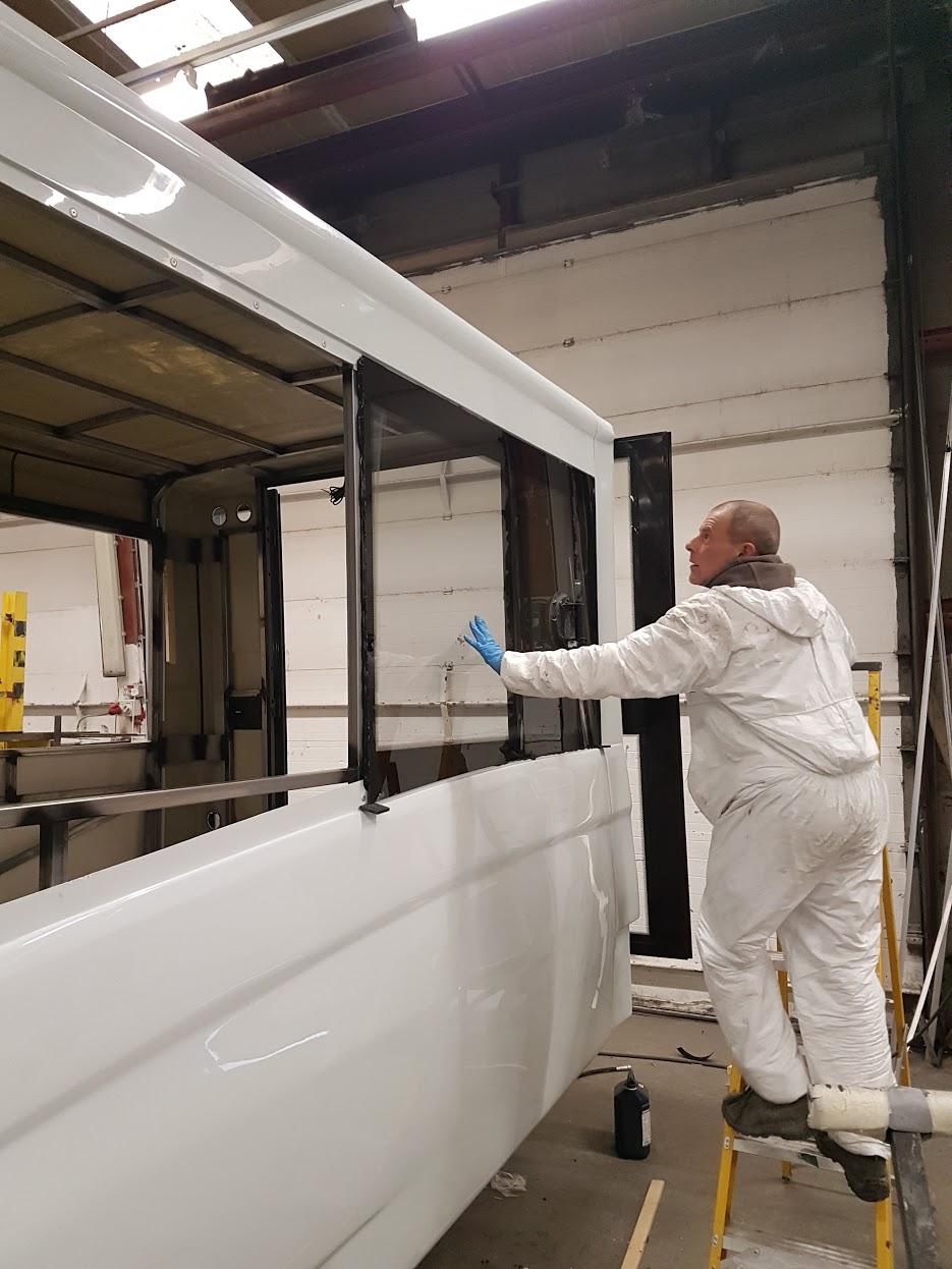 Formoa 055 Primerless glazing adhesive
